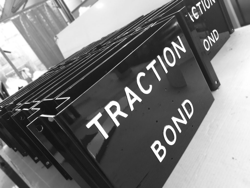 traction-bond-002